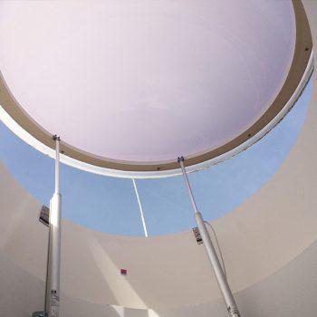 Runde Lichtkuppel mit Tandemantrieb