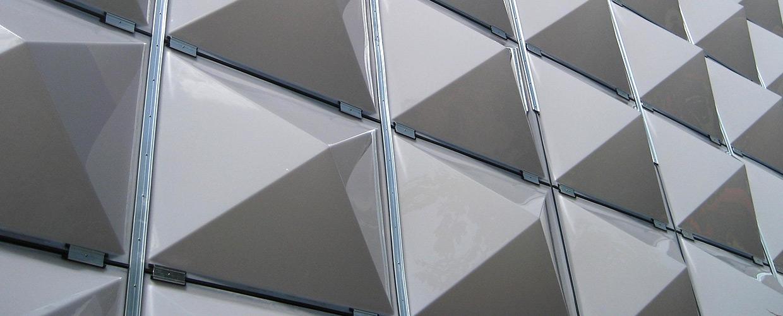 Fassaden-Lichtkuppeln des Theaters in Taastrup (Dänemark)