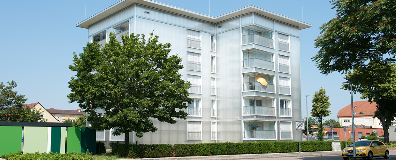 Fassadenverglasung als Hinterlüftungs-System am Punkthaus in Mannheim