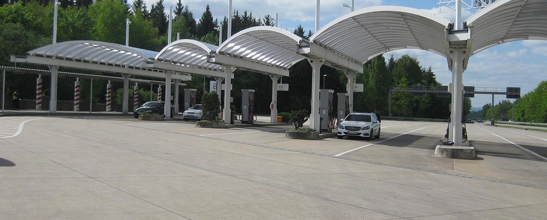 Freiflächenüberdachung Tankstelle Autobahnraststätte Ellwanger Berge
