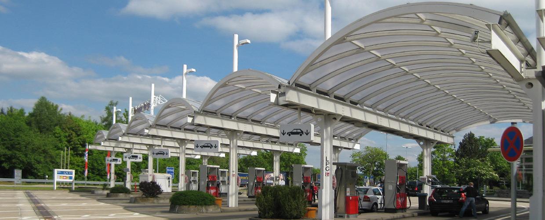 Freiflaechenueberdachung Tankstelle Autobahnraststätte Ellwanger Berge